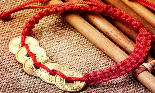 как сделать браслет желаний красная нить