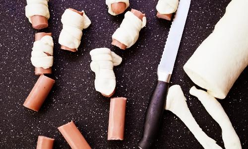 фото приготовления сосиски в дрожжевом тесте в духовке