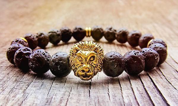 камень льва
