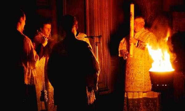 какого числа католическая Пасха в 2019 году